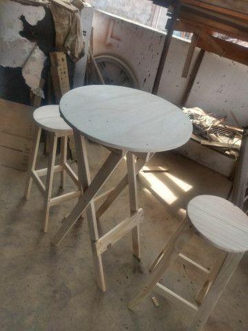 Conjunto de mesa e banco americano pinho e cedro - Foto 3