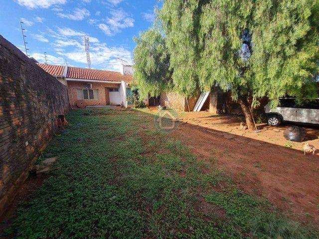 CASA COM 2 QUARTOS E SALÃO COMERCIAL - Foto 3