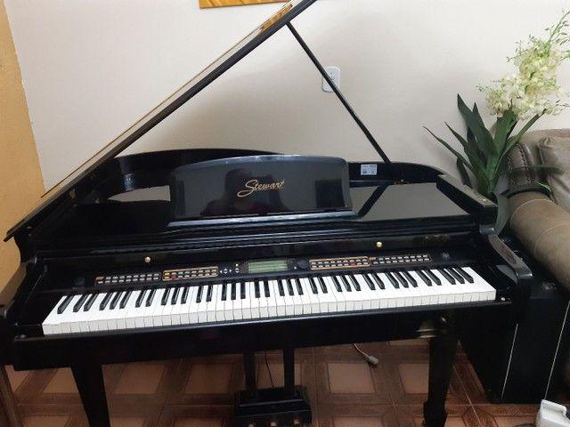 Piano 1/4 de calda ,eletrônico valor 22.500 - Foto 5