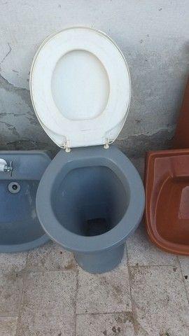 Vaso sanitário e pia - Foto 6