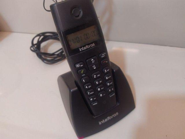Telefone móvel Intelbras com identificador de chamadas