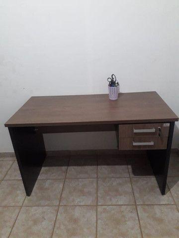 Escrivaninha de escritório em MDF - Foto 5