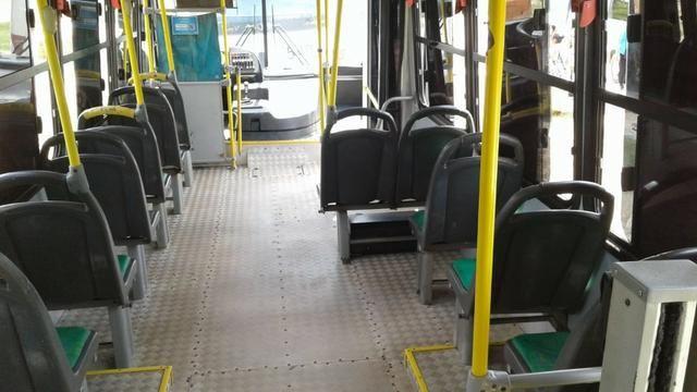 Micro onibus em perfeito estado - Foto 4