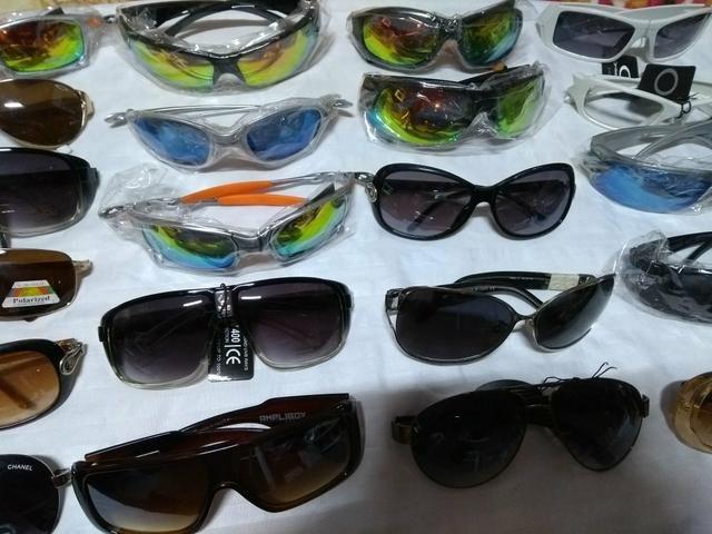 0c579cada Óculos de Sol Masculino Feminino e Infantil - Bijouterias, relógios ...