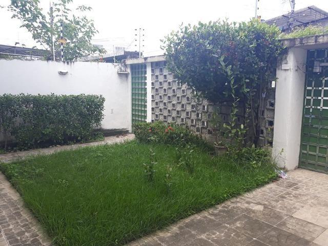 Belíssima Casa Duplex Reformada 3 Qtos/ 3 Vagas/ a 5 Minutos De Boa Viagem No Ipsep - Foto 8