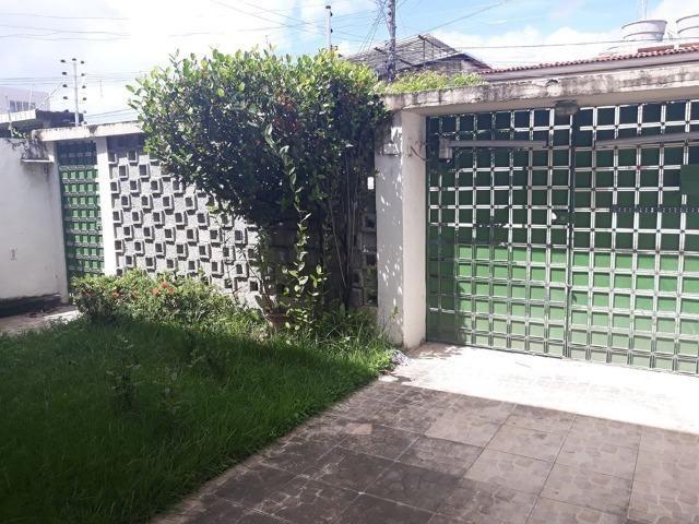 Belíssima Casa Duplex Reformada 3 Qtos/ 3 Vagas/ a 5 Minutos De Boa Viagem No Ipsep - Foto 4