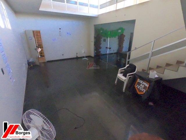 Mansão de 2 andares no Centro - Foto 9