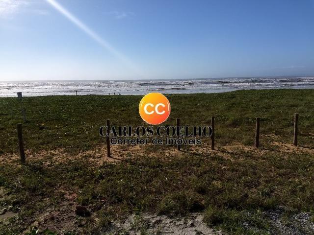 Lz-Terreno no Condomínio Verão Vermelho em Unamar- Tamoios-Cabo Frio
