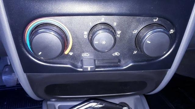 Fiat Strada Hard Working CS Fire Flex 1.4 08 Válvulas 2019 - Foto 8