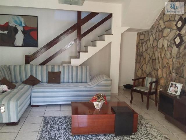 Casa para Venda em Salvador, Itapuã, 4 dormitórios, 1 suíte, 3 banheiros, 8 vagas