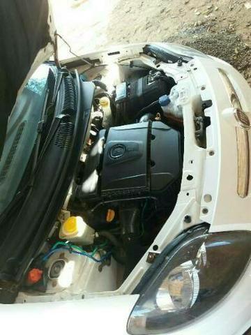 Vende se Fiat palio Sporting motor 1.6 - Foto 10