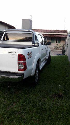Vende-se Hilux 2012 SRV com todos opcionais e pouco rodada  - Foto 2