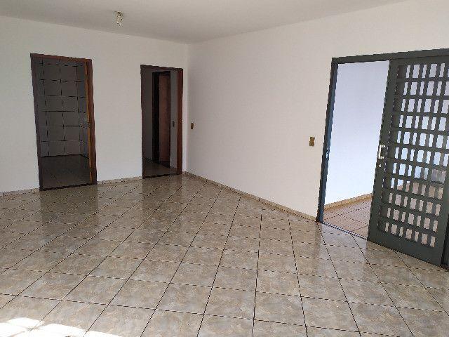 Casa com 1 suíte, 2 quartos - Foto 3