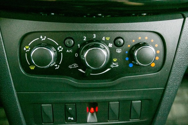 Renault SANDERO ZEN 1.0 MANUAL - Foto 15