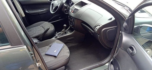 Peugeot 207 SW XR SPORT 1.4 8V FLEX 4P - Foto 11