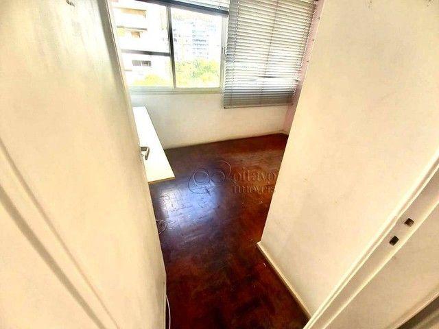 Posto 4 Bolivar junro a Pompeu Loureiro, andar alto salão 3 quartos dependencias, oportuni - Foto 9
