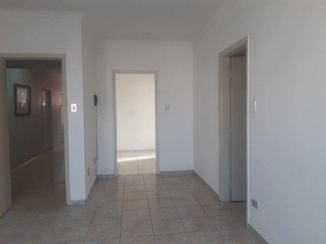 Permuto ou Vendo Apt. Centro P.Prudente 3 dorm. 3 banheiros, Piscina, Garagem