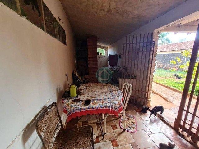 CASA COM 2 QUARTOS E SALÃO COMERCIAL - Foto 10