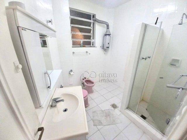 Posto 4 Bolivar junro a Pompeu Loureiro, andar alto salão 3 quartos dependencias, oportuni - Foto 18