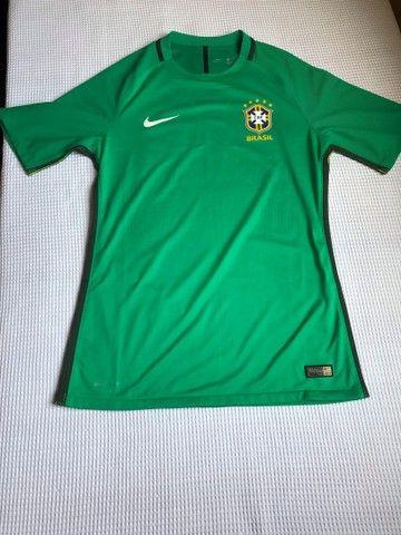 Camisa oficial de treinamento do Brasil manga curta TAM L - Foto 3