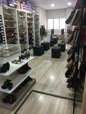 8067f5fa61 Loja de Calçados! Linda - Comércio e indústria - Portão