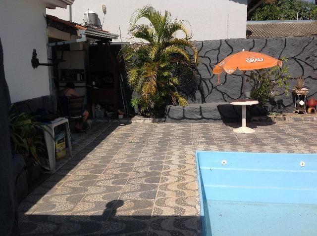 Casa em caldas na laje,piscina,barracao no fundo com divisão,bem localizada Itaguaí. - Foto 3