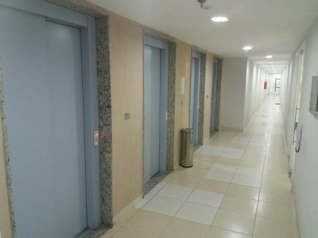Icarai.Empreendimento Manhattan. Sala 29 mts2, lavabo, vaga na escritura e 4 elevadores - Foto 6