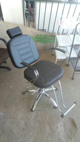 d79c886c55a4 Cadeira Hidráulica P/Salão - Equipamentos e mobiliário - Taguatinga ...