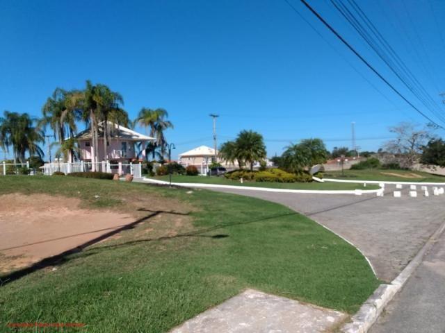 Excelente terreno todo murado com 450m² em área nobre, rua asfaltada, terreno com frente p - Foto 2