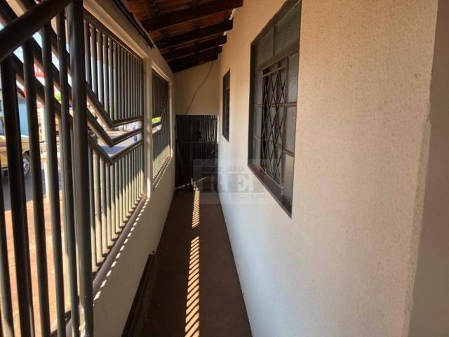 Casa com 3 dormitórios para alugar, 1 m² por R$ 1.100/mês - Vila Borges - Rio Verde/GO - Foto 7