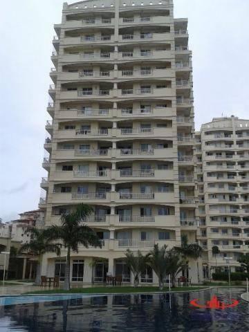 Apartamento residencial à venda, Cambeba, Fortaleza - AP0036.