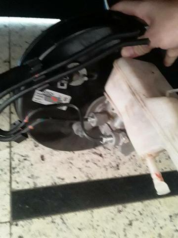 Cilindro mestre de freio e hidrovácuo corolla - Foto 3