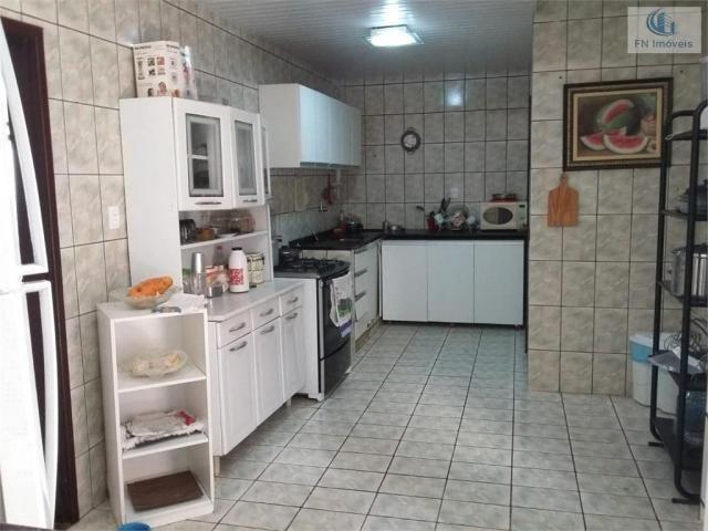 Casa para Venda em Salvador, Itapuã, 4 dormitórios, 1 suíte, 3 banheiros, 8 vagas - Foto 10