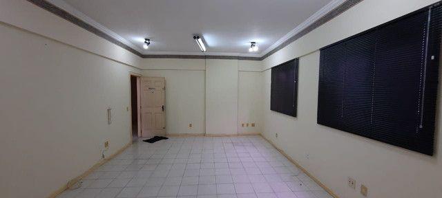 Dr. Vianna Aluga Sala comercial no Edif. Village Medical Center - Foto 8