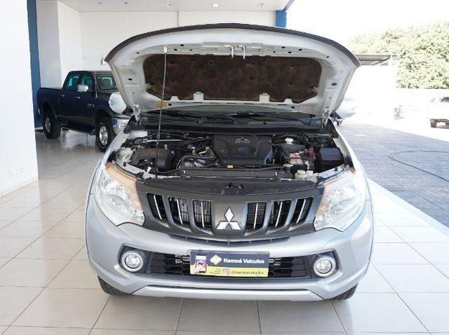 Mitsubishi L200 Triton Sport 2.4 DID-H HPE 4WD (Aut) 17/18 - Foto 15