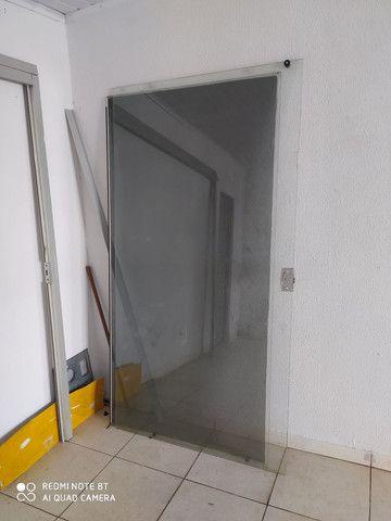 Porta de blindex