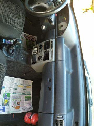 Fiat uno 2010 4 portas - Foto 5