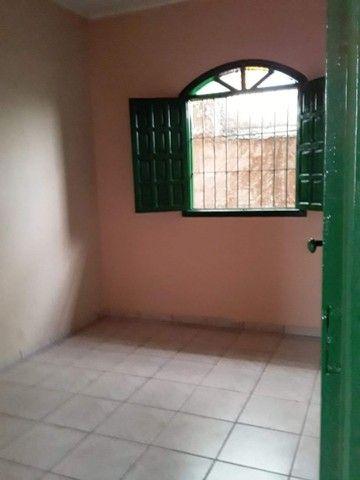 Vendo ou troco casa no bairro Santo Antônio leia a descrição - Foto 4