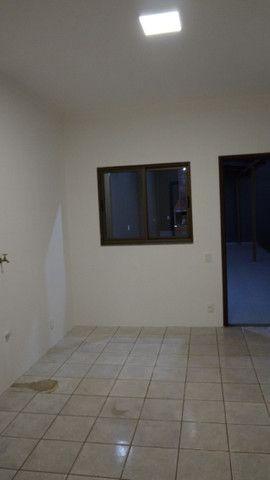 Casa na Av. Araucária, no Parque Imperatriz - em Foz - Foto 4