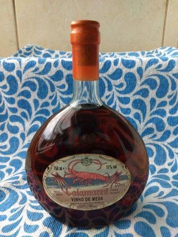 Vinho de mesa calamares