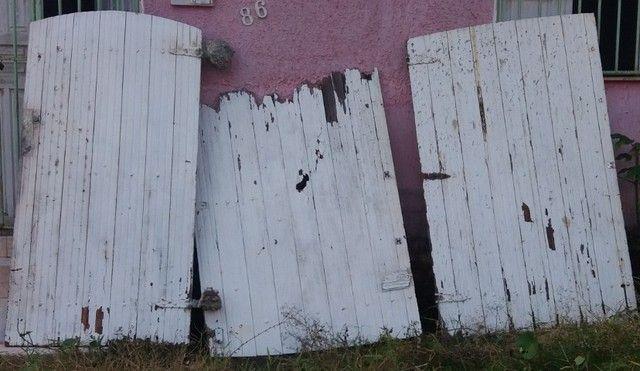 Portao de madeira