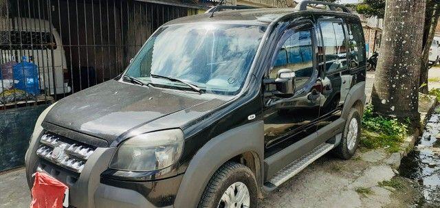 Fiat Doblò Adventure 1.8 a gás 2013 muito nova! - Foto 3