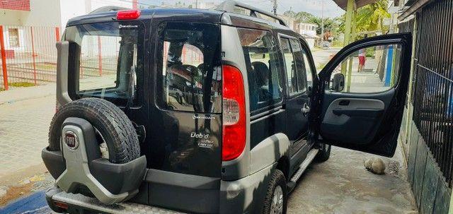 Fiat Doblò Adventure 1.8 a gás 2013 muito nova! - Foto 2