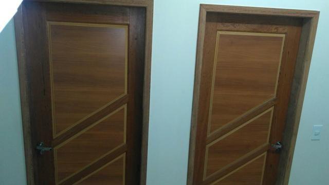 Aluga-se apartamento com dois quartos valor 850 e 950 telefone 92 99345 5879