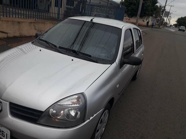Renault Clio 09 com ar