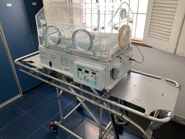 Incubadora Neonatal para ambulância