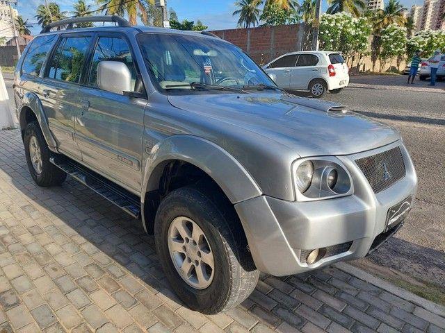 Mitsubishi Pajero Sport Hpe 2.5 4x4 Diesel Mec. - Foto 3