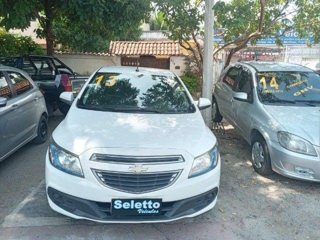 Onix Lt 2013/2013/ Flex/ Motor 1.4/ Modelo top demais/ Completa/ Milink