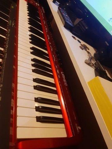 teclado controlador umx 610 behringer