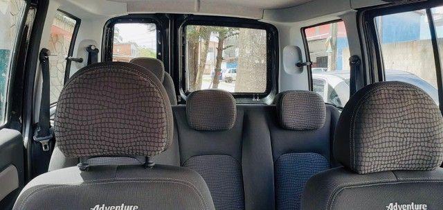 Fiat Doblò Adventure 1.8 a gás 2013 muito nova! - Foto 4
